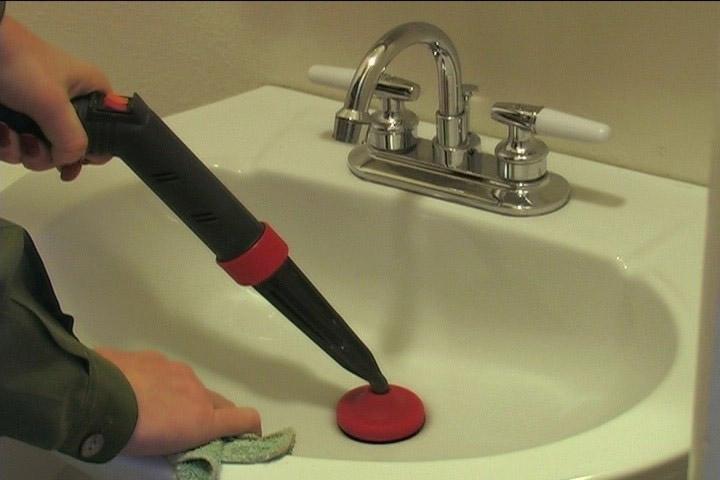 các vệ sinh bồn rửa chén 001